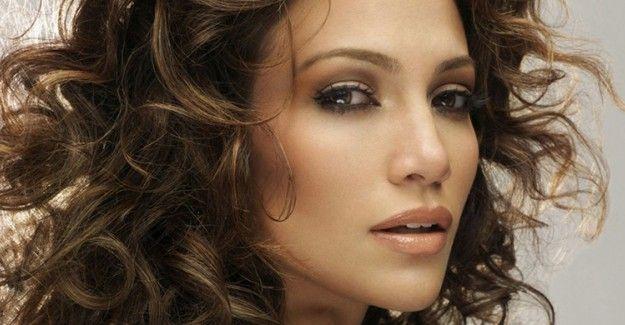 """Pratik Kendin Yap Saç Modelleriyle Mükemmel Görünmenin Yolları!  """"Pratik Kendin Yap Saç Modelleriyle Mükemmel Görünmenin Yolları!"""" http://fmedya.com/pratik-kendin-yap-sac-modelleriyle-mukemmel-gorunmenin-yollari-h51215.html"""