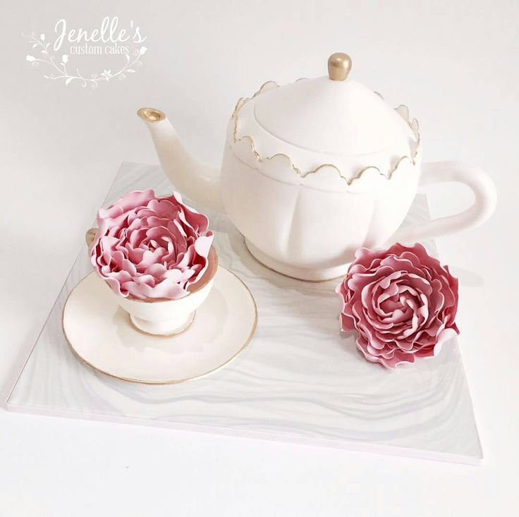 Isn't this teapot & teacup cake set by @jenellescustomcakes is just divine! Beautifully handcrafted and can be mistaken for the real thing!  Amazing!  #teapotcake #teaparty #teapartycake #sugarteacup #sugarpeonies #celebrationcake #cakeart #membershare #Regrann