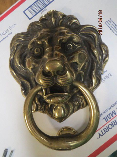 Door knocker lion head brass bronze vintage new large and heavy lion doors and vintage - Antique brass lion head door knocker ...