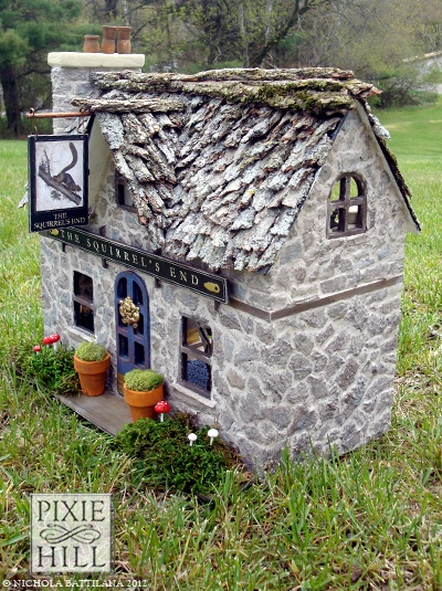 533 best a haunted house in miniatur images on pinterest haunted dollhouse halloween - The dollhouse from fairy tales to reality ...