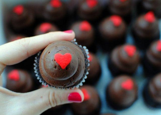mini cupcakes.
