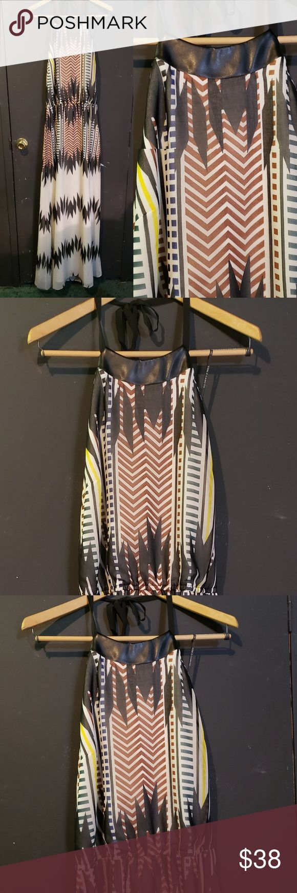 Vince Camuto Long Geo print Halter Maxi Size 15 Vince Camuto  Halter Maxi Dress …