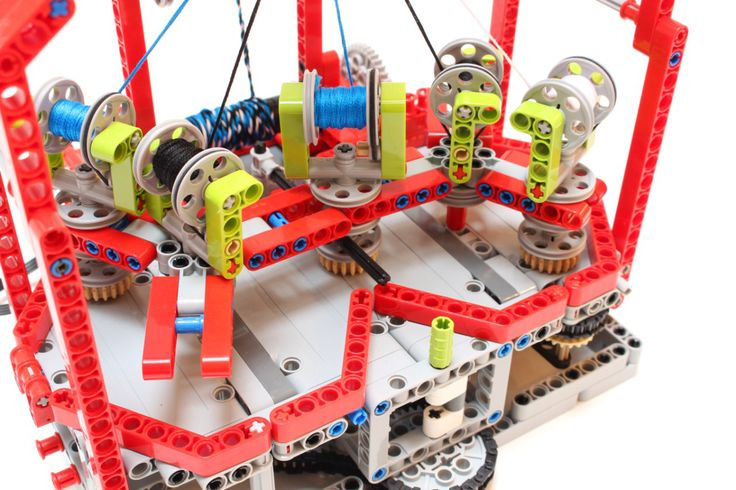 We love a good LEGO build as much as anyone, but Technics takes it to the next level in terms of creating working mechanisms. And nobody takes Technics as far as [Nico71], as evidenced by his super…