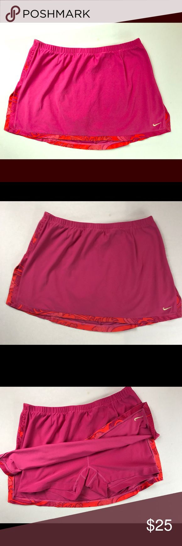 Nike DRI-FIT Woman's Athletic Skirt Nike DRI-FIT Athletic Skirt with built in Compression Shorts Size L Nike Skirts