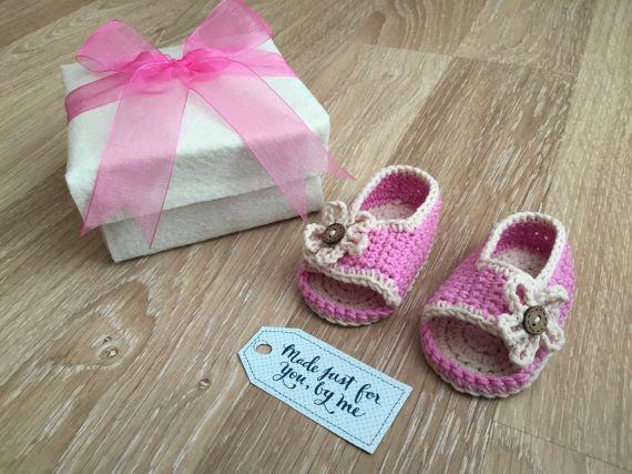 Gehaakte Baby meisje Marshmallow sandalen  Baby door StefaniaDA2015