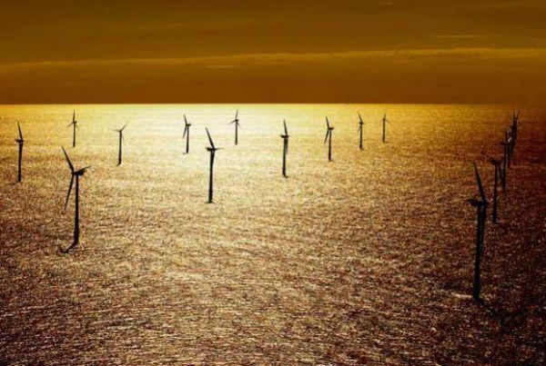 Na Bałtyku można zainstalować farmy wiatrowe o mocy 6 gigawatów  Zgodnie z wytycznymi UE do końca tej dekady jedna piąta produkowanej w Polsce energii ma pochodzić z odnawialnych źródeł.