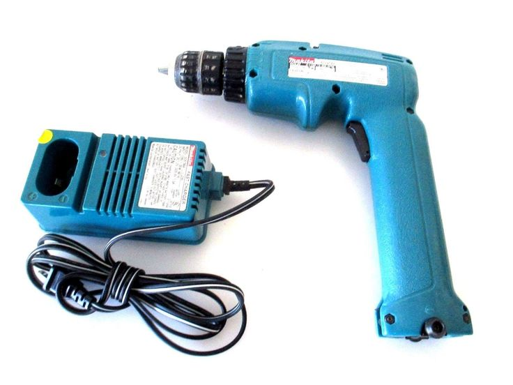 MAKITA 6095D 9.6V NiCd 3/8? DRILL DRIVER W/BATTERY CHARGER