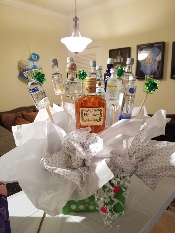 Surprise your husband with a easy alcohol basket. To show your appreciation.