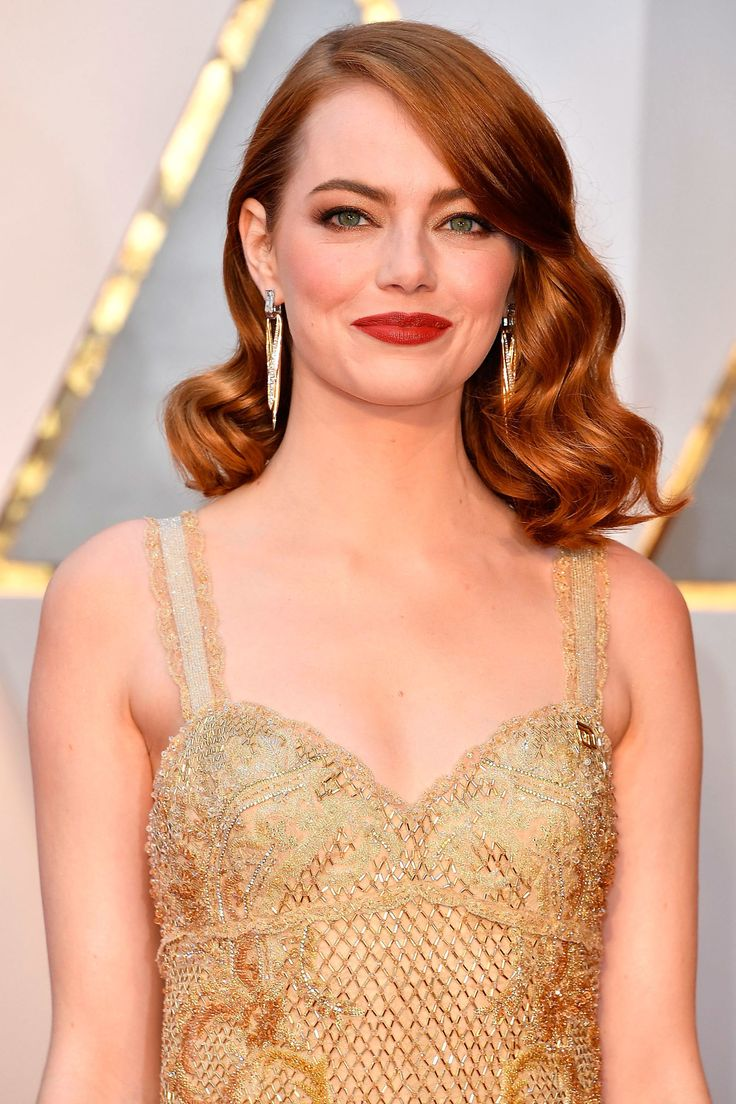 These are the exact make-up products Emma Stone used for the Oscars