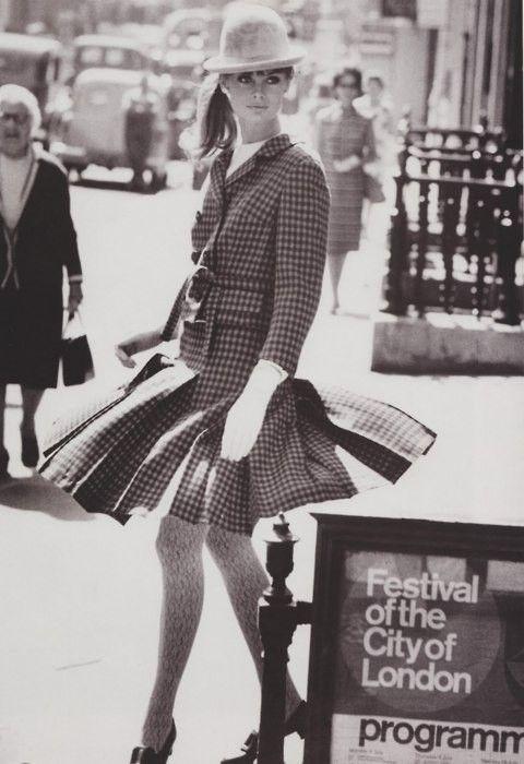Jean Shrimpton, 1964.