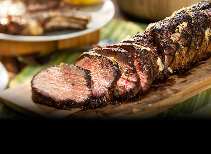 Longhorn steakhouse-inspired Garlic Grilled Whole Beef Tenderloin~~OMG (!)...this sounds SO good!