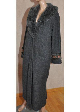À vendre sur #vintedfrance ! http://www.vinted.fr/mode-femmes/manteaux-dhiver/26550703-tres-beau-manteau-femme-marque-fuego-t-4042