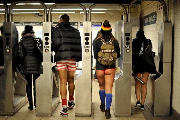 Konyol, Hari Tanpa Celana di Kereta