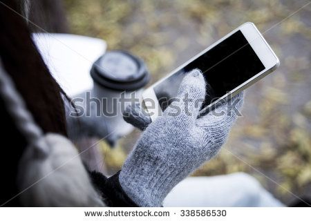 Smartphone Cold zdjęć stockowych, obrazów i zdjęć | Shutterstock