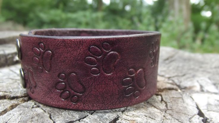Leather Bracelet animal paws,leather carving, men bracelet, women bracelet, mens bracelet cuff, engraving leather, Wolf Dog Paw Prints by LeatherHedgehog on Etsy