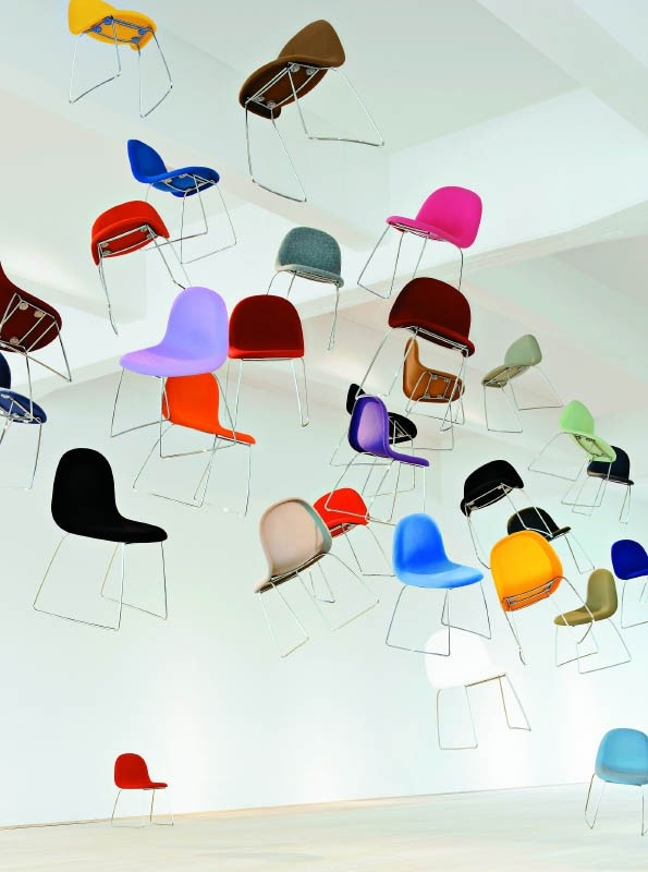 Love this :-) Gubi chairs.