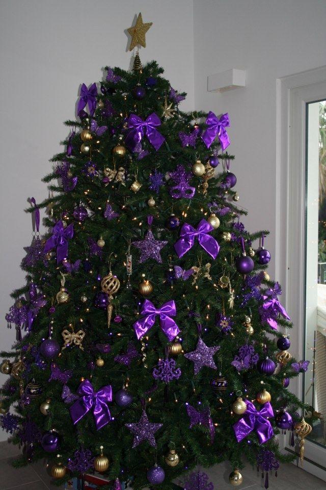 albero viola e oro