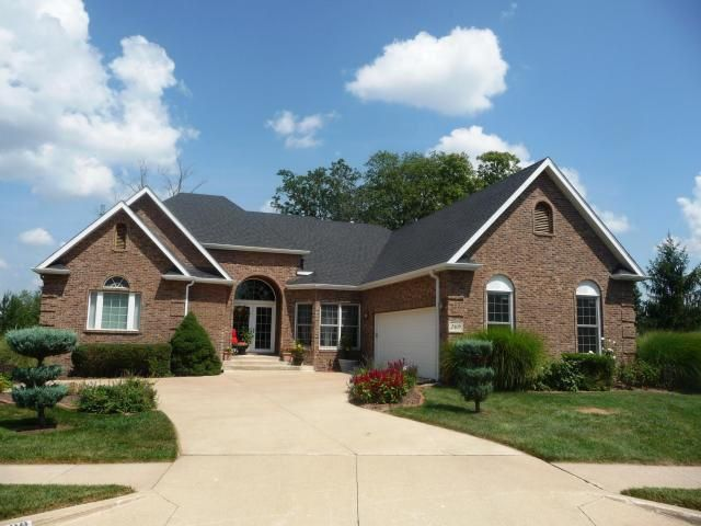 2409 Wild Oak Ct, Columbia, MO 65201 l 5BR, 4.5 BA $419,900 l Custom designed and built as builder's personal residence, tucked away on quiet cul-de-sac, featuring spacious lawn with mature trees, Brazilian Cherry floors. l http://www.houseofbrokers.com/p/53/370566
