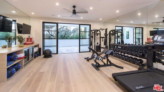 See Inside Lebron James New 23 Million Los Angeles Home Gym Room At Home Home Gym Design Small Home Gyms