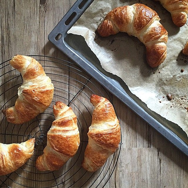 Keep calm and eat #croissant !