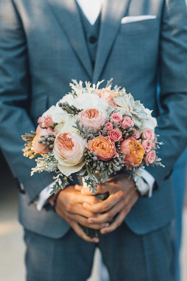 09166b4f27ca Καλοκαιρινός γάμος με όμορφες λεπτομέρειες