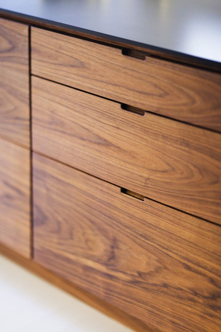 Van Cabinet Handles (No Hardware). Subtract material instead of add material.