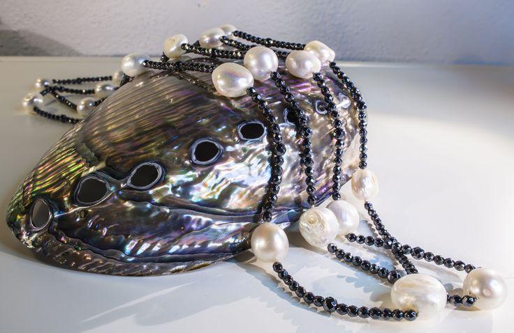 CO024 Collana ematite, perla flat