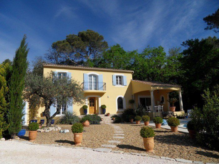 La Belle (ref. 19ACD0DA-7C2B-A56E-E89D-09427A2B96E1)  -  #House for Sale in Uzes, Languedoc-Roussillon, France - #Uzes, #LanguedocRoussillon, #France. More Properties on www.mondinion.com.