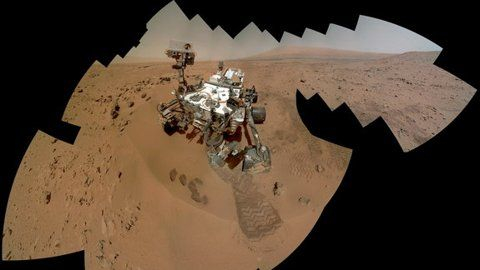 """Curiosity Rover Makes Big Water Discovery in Mars Dirt, a 'Wow Moment' <--- and all the whovians go """"DON'T DRINK THE WATER!!"""""""