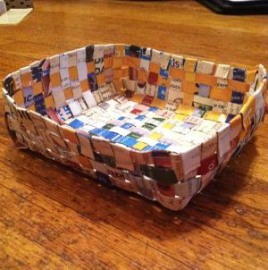 Make recycled magazine baskets