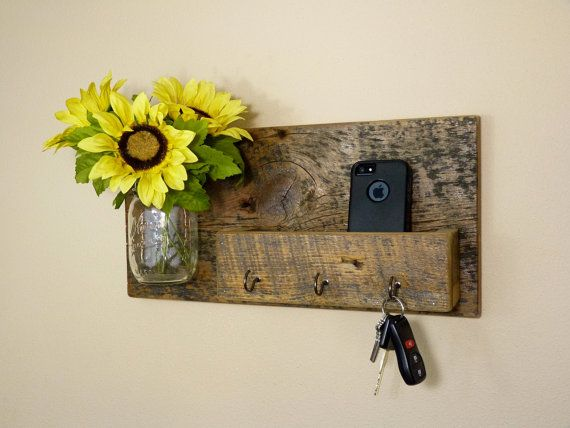 Rustic Key Holder and Organizer by HomesteadTraditions on Etsy