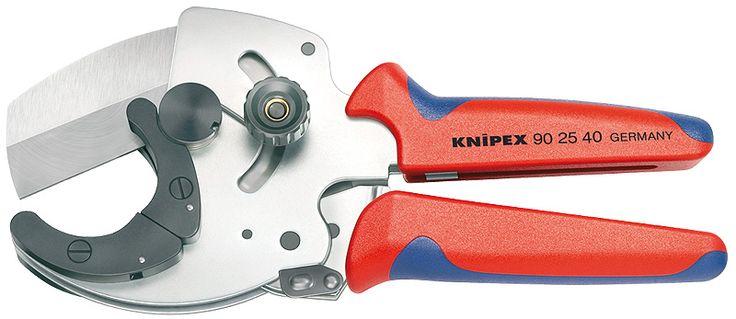 Herramienta cortatubos de plástico rígidos en medidas de 26 a 40mm de diámetro.