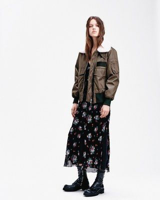 See the complete Dondup Pre-Fall 2016 collection.