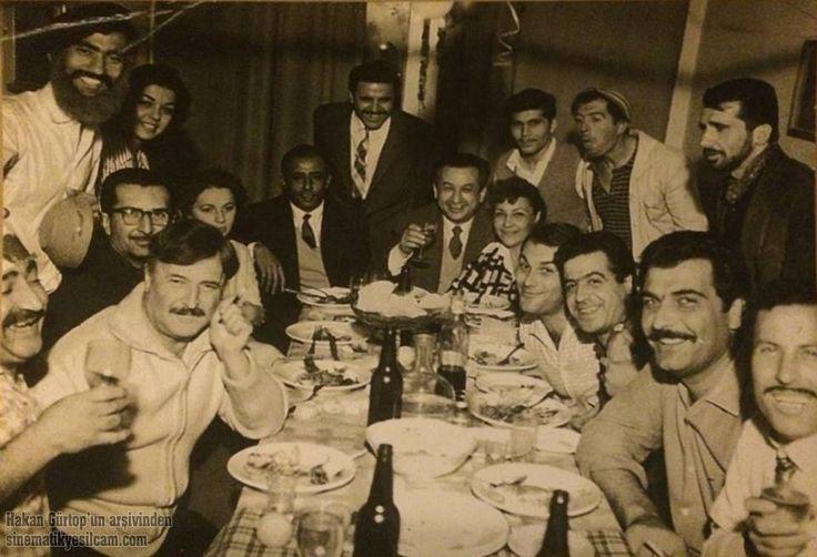 Yılmaz Güney, Ali Şen, Nubar Terziyan, Atıf Yılmaz, Orhan Günşıray, Suphi Kaner, Kadir Savun, Hakan Gürtop