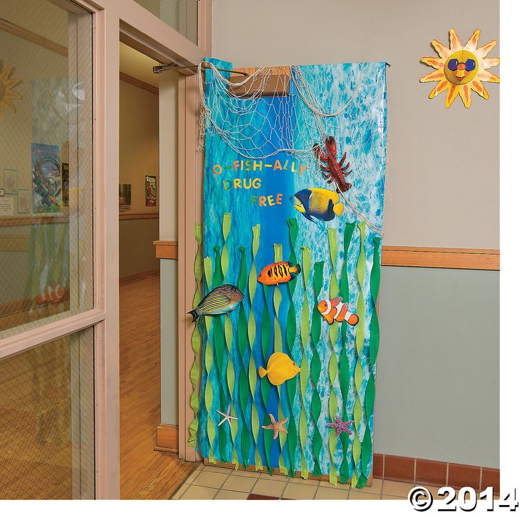 Under+the+Sea+Door+Decoration+Idea+-+OrientalTrading.com