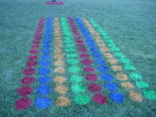 lawn twister: Twister Game, Kids Parties, Outdoor Twister, Yard Twister, Yard Games, Parties Ideas, Lawn Twister, Kid Parties, Giant Yard
