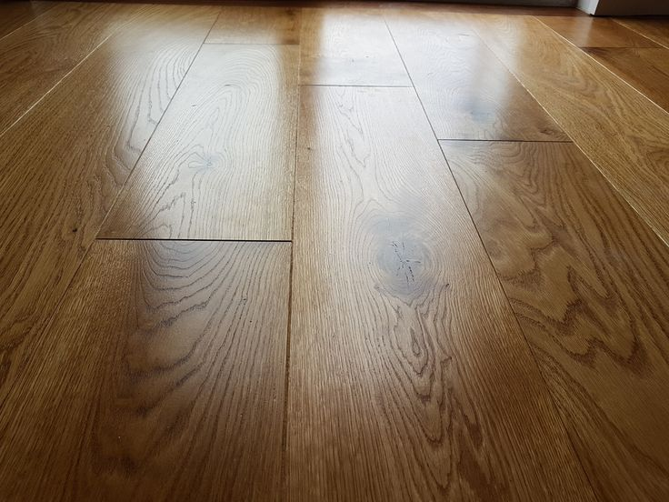 200mm Unfinished Solid Oak Wide Planks 20mm Thickness