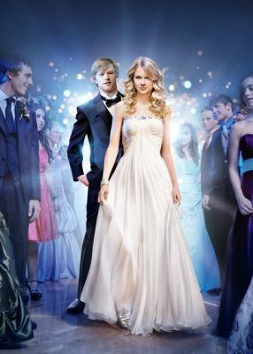 Taylor Swift & Lucas Till (You belong with me)