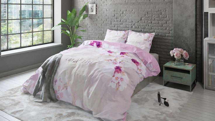 Beken kleur en kies voor een roze slaapkamer. Van romantisch oudroze tot zacht pastel en opvallend felroze, je kunt met roze alle kanten op!