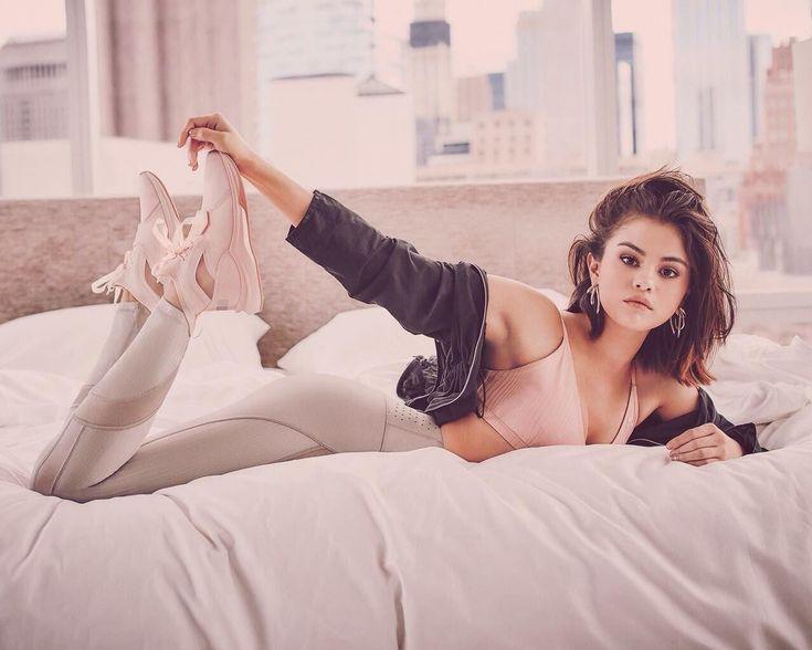 Online szex videók pornó film: Selena Gomez szexi