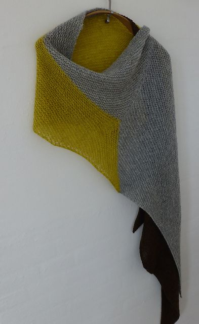 Ravelry: Ulla1's Eris with Gollum. Must make this - my daughter's name is Eris :)