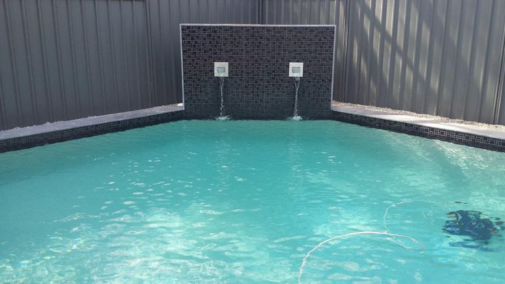 Swimming pool pump system choosing tips - http://simplepooltips.com/swimming-pool-pump-choosing-tips/