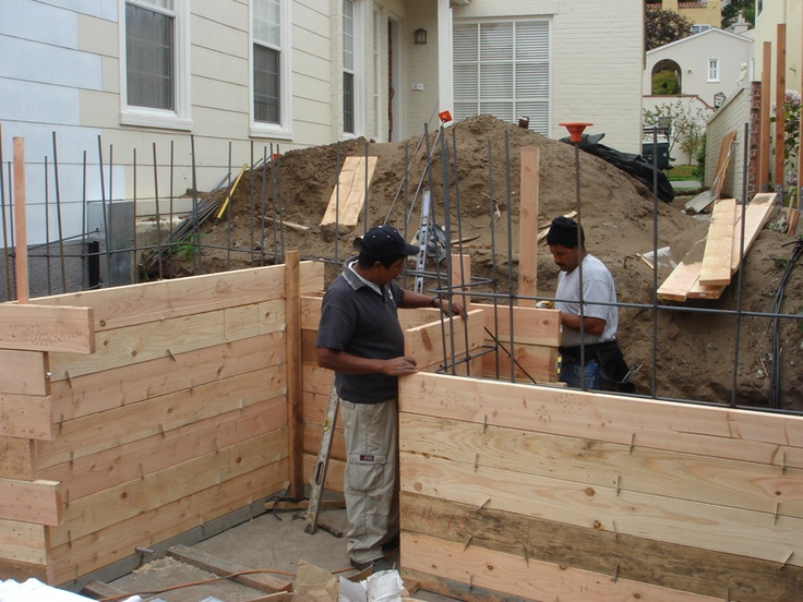 Concrete retaining wall forms lawn garden pinterest for Concrete log forms
