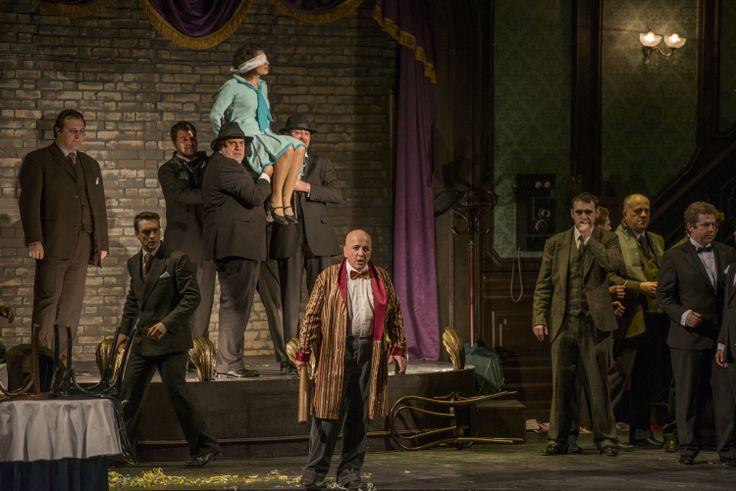 - Premiere night (20 february) / Seara premierei (20 februarie) - prim plan/forefront Robert Nagy (Ducele/the Duke)