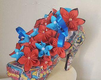 Marvel Wedding shoe, Geeky gift, Superhero table centrepiece, Comic wedding Flowers, Comic Wedding Centrepiece, Wedding Flowers