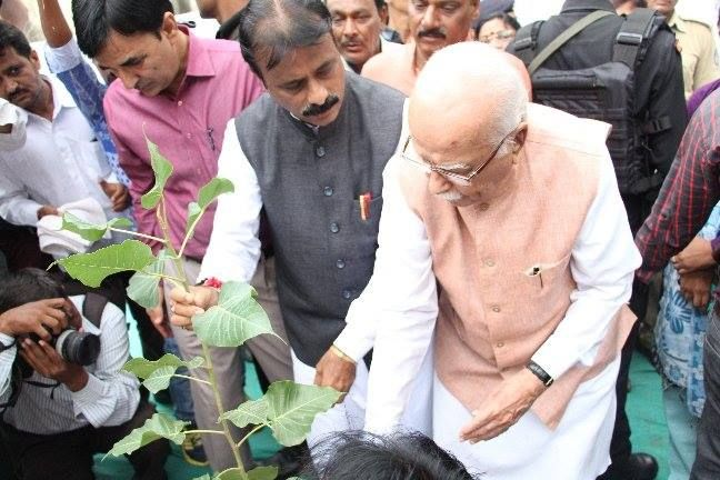 #GreenAhmedabadInitiative#Plantatree#CleanAhmedabad