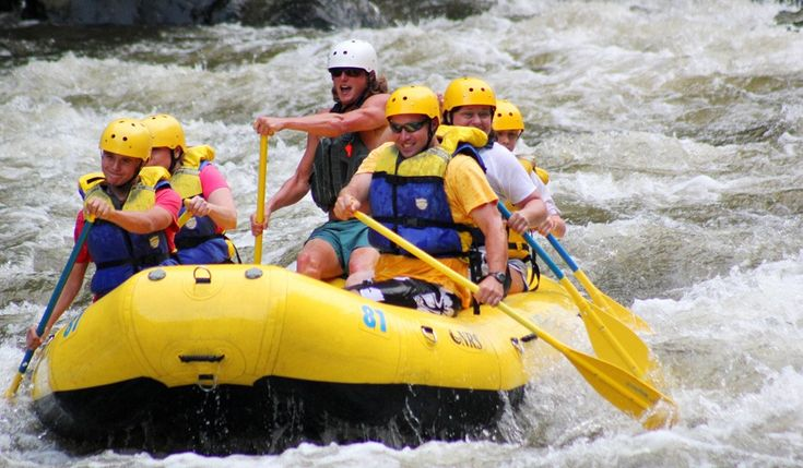 Get white water rafting Gatlinburg coupons and discounts for white water rafting Smoky Mountains outfitters around Gatlinburg, TN.