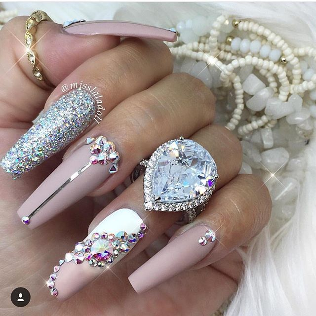 @misslaladoll Pink  White ⚪ Glitter  Bling