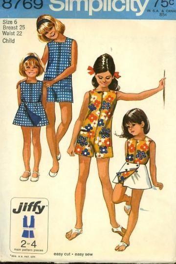 Vintage 1970s Simplicity 8769 Easy Sew Pattern Girls Retro Pantdress Romper W Reversible Skirt Size