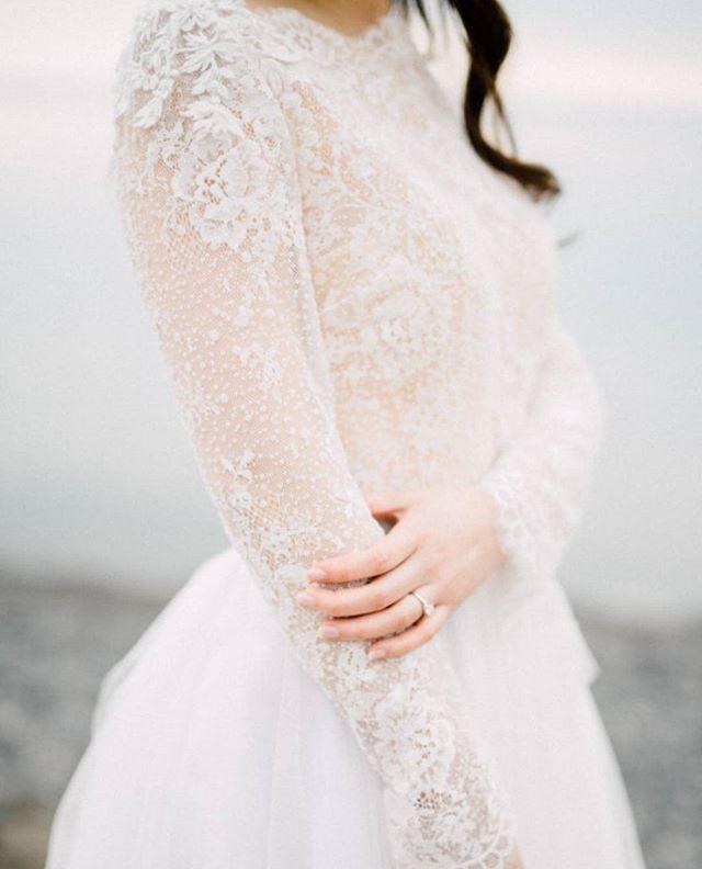 уточнил, свадебное бежевое платье зимой фото надо сделать хорошее